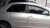 Cần bán Toyota Vios đời 2012, màu bạc