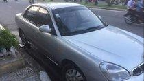Cần bán xe Daewoo Nubira sản xuất năm 2002, màu bạc, xe còn đẹp