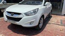 Cần bán gấp Hyundai Tucson năm 2010, màu trắng, xe một chủ mua từ mới nên rất đẹp nguyên bản