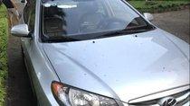 Cần bán lại xe Hyundai Avante MT đời 2015, màu bạc