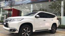 Bán Mitsubishi Pajero Sport số sàn mày dầu, nhập khẩu có xe giao ngay, liên hệ: Linh: 0906 130 422