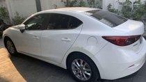 Cần bán xe Mazda 3 sản xuất 2016, màu trắng