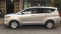 Cần bán Toyota Innova 2017, màu bạc, 695 triệu