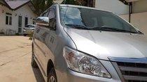 Bán Toyota Innova sản xuất năm 2015, màu bạc chính chủ