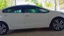 Bán ô tô Kia Cerato năm 2018, màu trắng, giá tốt