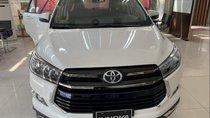 Bán Toyota Innova đời 2019, màu trắng, giá tốt
