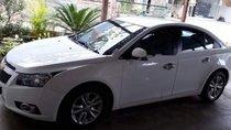 Bán Chevrolet Cruze LS 1.6MT đời 2014, màu trắng xe gia đình
