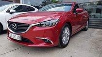 Cần bán lại xe Mazda 6 đời 2018, màu đỏ, giá 800tr