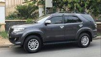 Bán Toyota Fortuner năm sản xuất 2012, chính chủ