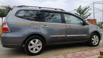 Cần bán xe Nissan Grand livina 2011, nhập khẩu chính chủ