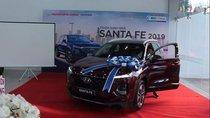 Cần bán xe Hyundai Santa Fe năm sản xuất 2019, màu đen