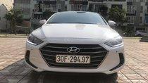 Cần bán Hyundai Elantra GLS 2.0 Sport sản xuất 2018, màu trắng