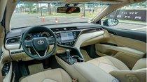 Mất vài trăm triệu sau khi Toyota Camry 2019 công bố giá bán