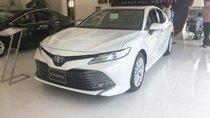 Bán Toyota Camry năm 2019, màu trắng, xe nhập