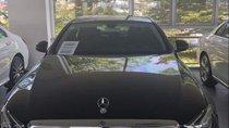 Cần bán gấp Mercedes E200 sản xuất năm 2018, màu đen