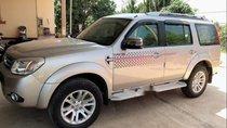 Cần bán gấp Ford Everest năm sản xuất 2014 chính chủ, 630tr