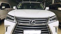 Bán Lexus LX570 màu trắng, nhập Mỹ, đăng ký 2016, full. Lăn bánh 1,6 vạn, hóa đơn VAT 3tỷ