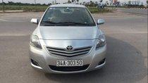 Gia đình bán Toyota Vios năm sản xuất 2013, màu bạc