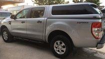 Cần bán xe Ford Ranger số tự động, 1 cầu, màu bạc đời 2015