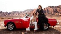 Người mẫu Minh Triệu và Hoa hậu Kỳ Duyên khoe sắc bên Datsun 1600 cổ điển