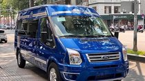 Cần bán Ford Transit S Limousine 2019, màu xanh lam, đưa trước 300 triệu giao xe ngay, bao đậu ngân hàng