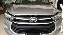 Cần bán Toyota Innova 2019, màu bạc