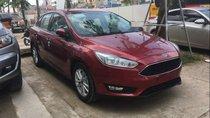 Bán ô tô Ford Focus sản xuất năm 2019, màu đỏ, 545 triệu