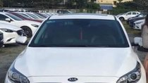 Bán ô tô Kia Cerato năm 2019, màu trắng số tự động, giá chỉ 650 triệu