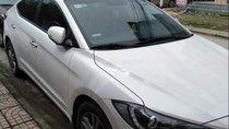 Bán xe Hyundai Elantra đời 2017, màu trắng chính chủ