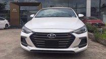 Cần bán xe Hyundai Elantra sản xuất 2019, màu trắng, nhập khẩu nguyên chiếc