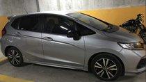 Cần bán Honda Jazz đời 2018, màu bạc chính chủ