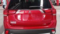 Cần bán Mitsubishi Outlander AT sản xuất 2019, màu đỏ