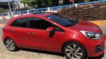 Gia đình bán xe Kia Rio đời 2015, màu đỏ, nhập khẩu