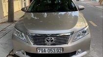 Cần bán Toyota Camry năm sản xuất 2013 chính chủ, xe còn rất mới