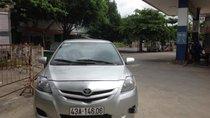 Cần bán Toyota Vios đời 2010, màu bạc