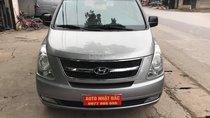 Bán xe 9 chỗ, máy dầu, số sàn hiệu Hyundai Starex, xe được nhập khẩu nguyên chiếc từ Hàn Quốc, đời 2014