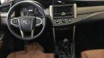 Bán Toyota Innova 2.0 E MT đời 2019, giá chỉ 741 triệu