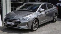 Bán xe Hyundai Elantra năm 2019, màu xám, xe nhập. Xe giao ngay