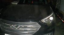 Cần bán xe Hyundai Santa Fe máy - dầu bản tiêu chuẩn - đời 2017