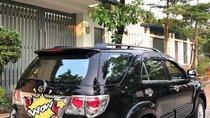Cần bán Toyota Fortuner 2012, màu đen