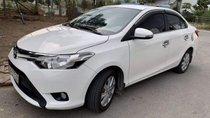 Cần bán gấp Toyota Vios E đời 2017, màu trắng, nhập khẩu xe gia đình