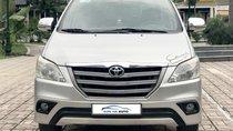 Bán ô tô Toyota Innova 2.0 E 2014, màu bạc, số sàn, biển Hà Nội