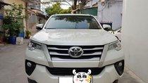Bán Toyota Fortuner số sàn 2017 máy dầu màu trắng chỉnh chủ