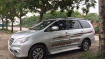 Bán Toyota Innova E năm sản xuất 2015, màu bạc