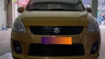 Gia đình cần bán xe Eartiga 2016, số tự động, màu cam hàng hiếm