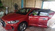 Cần tiền bán Hyundai Elantra năm sản xuất 2018, màu đỏ