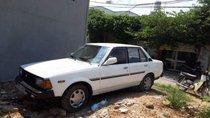 Cần bán xe Toyota Corolla đời 1982, màu trắng, xe nhập, giá 35tr