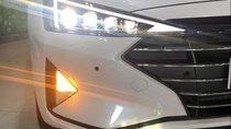 Bán Hyundai Elantra năm 2019, màu trắng, giá tốt