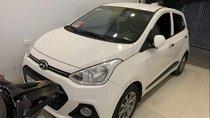 Cần bán Hyundai Grand i10 AT đời 2017, màu trắng, nhập khẩu