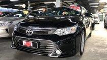 Bán Toyota Camry 2.5Q năm sản xuất 2016, màu đen